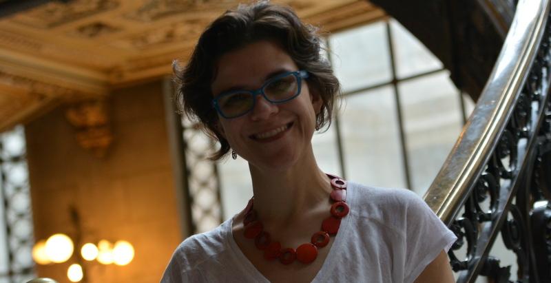 Flávia é cientista política e autora de diversos livros sobre feminismo