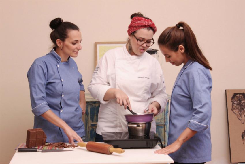 Daniela, Gabriela e Monique se uniram para criar uma alternativa de preço e qualidade.