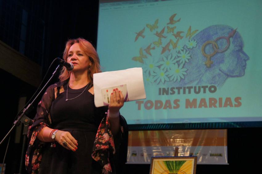 Após sair de um casamento cheio de agressões, Goretti ajuda outras mulheres através do Instituto Todas Marias.