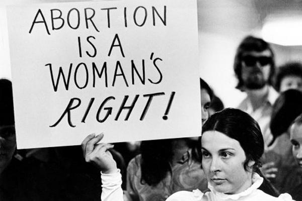 """""""O aborto é um direito das mulheres""""- Foto: Columbia Law School/ Reprodução"""